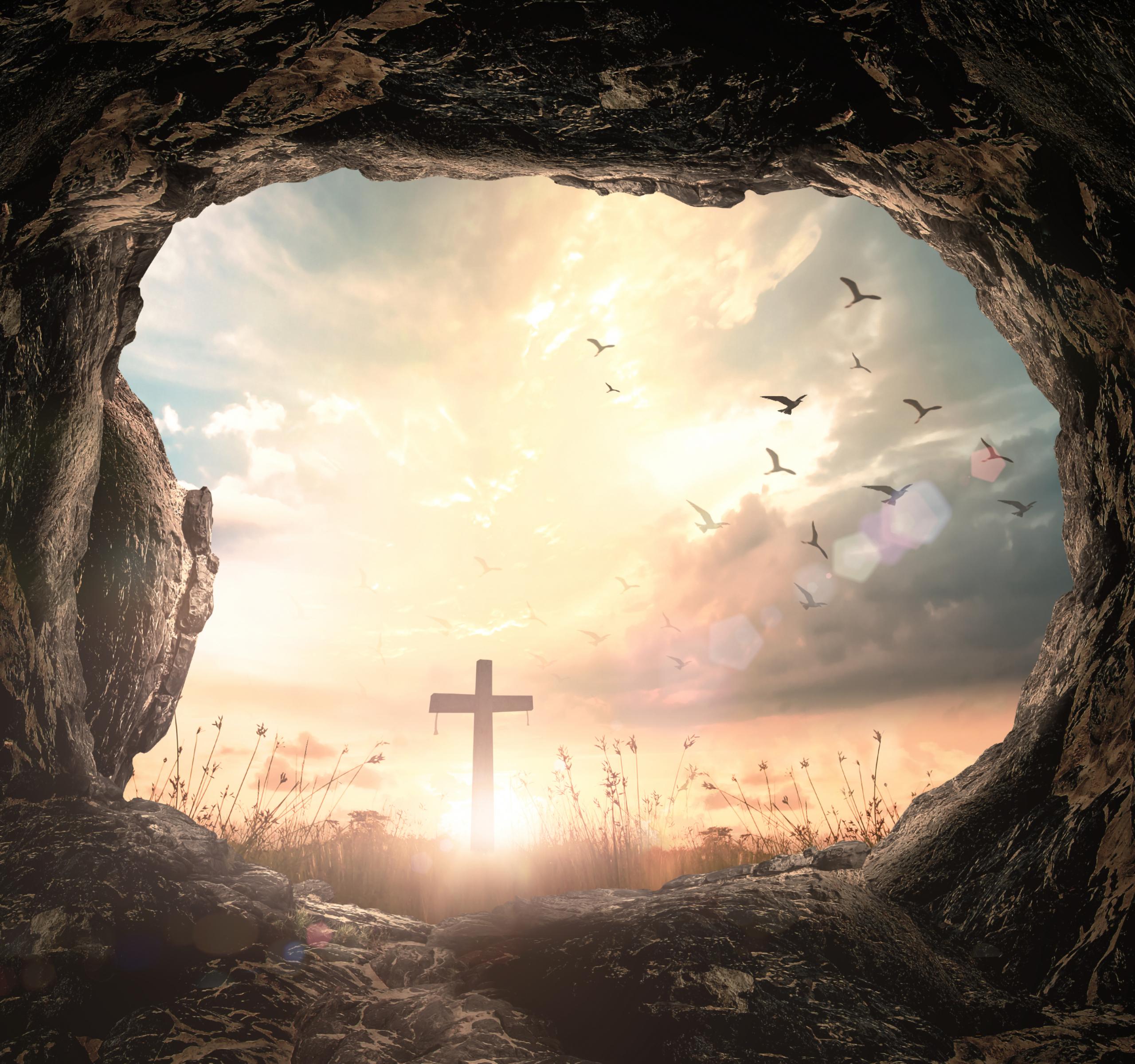 Ostersonntag mit Blick aufs Kreuz